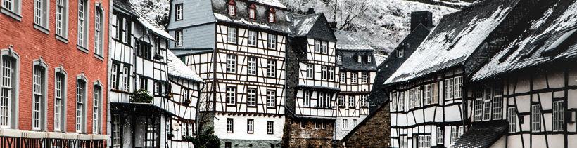 Lehm und Holz: Fachwerkhäuser